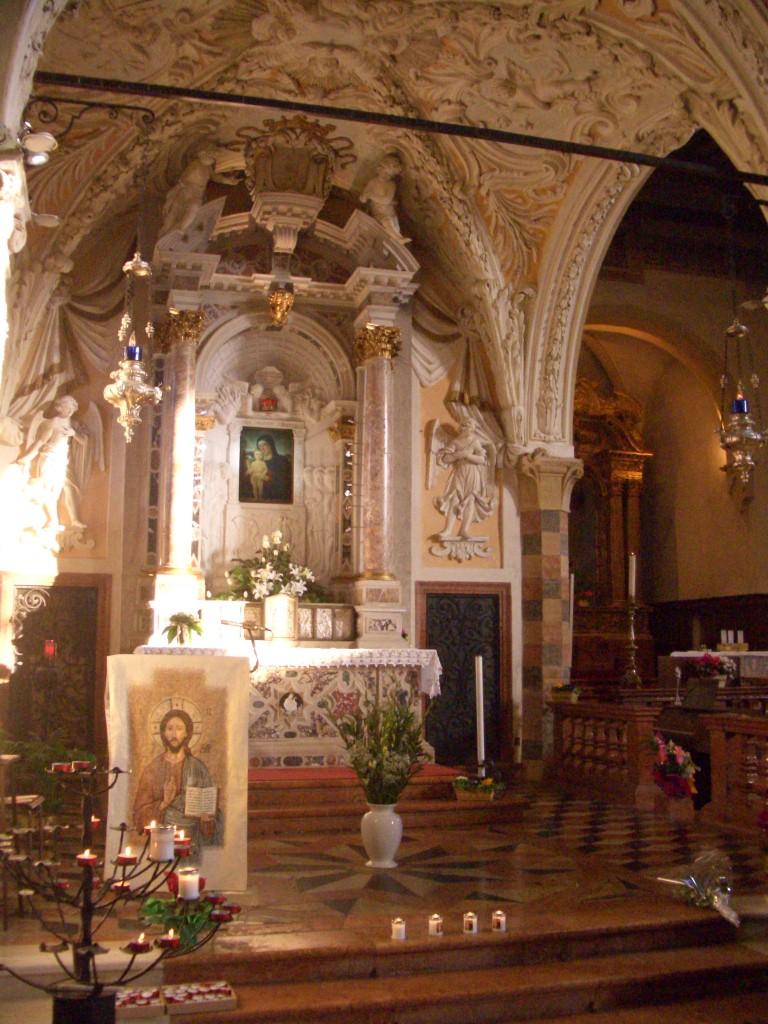 altare-768x1024